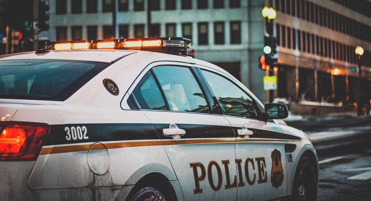 アイオワ州の小売業者が不法なCBD製品の販売で逮捕